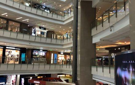 上海•人けのないショッピングモール