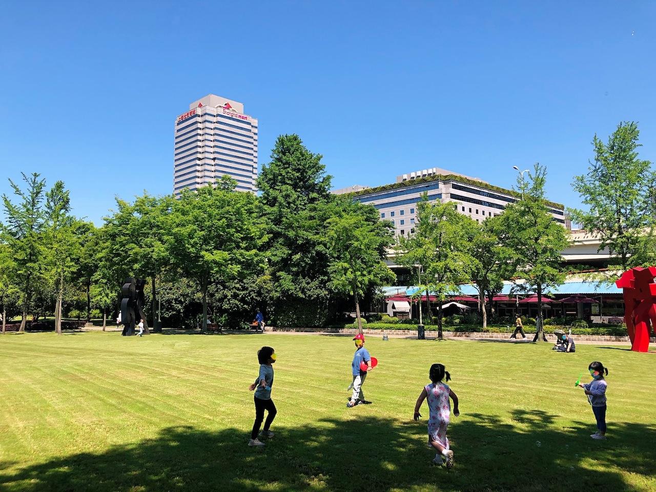 上海•元気いっぱいに遊ぶ子どもたち