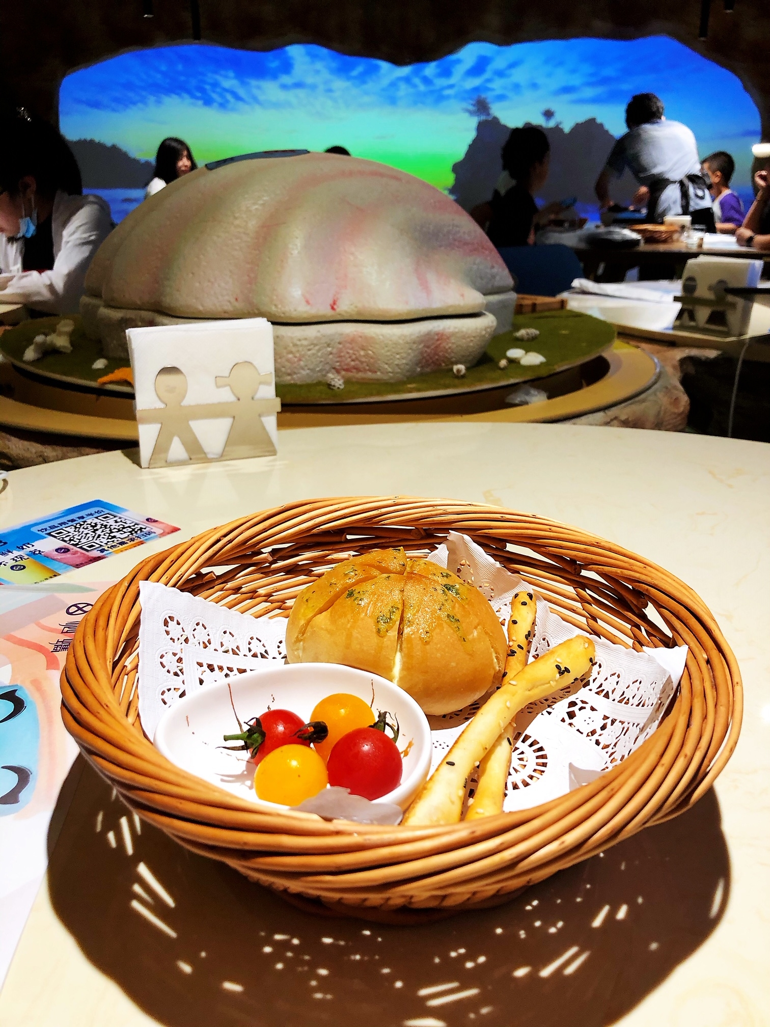 上海•注文後に出てくるパンも嬉しいサービス!