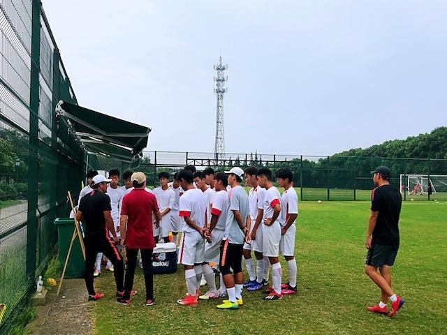 上海•ミニゲーム練習を終えて、各自の動きを指導!
