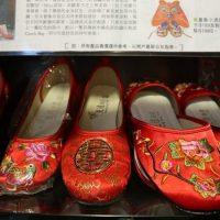昔ながらの伝統刺繍が、抜群の可愛さを誇る女性の憧れの一品に!