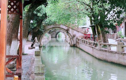 上海・練塘古鎮の静かな街並み