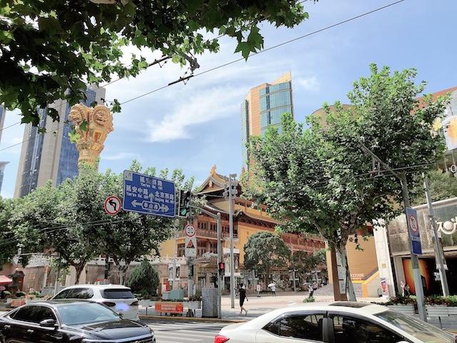 上海・おしゃれなエリアの「静安寺」周辺